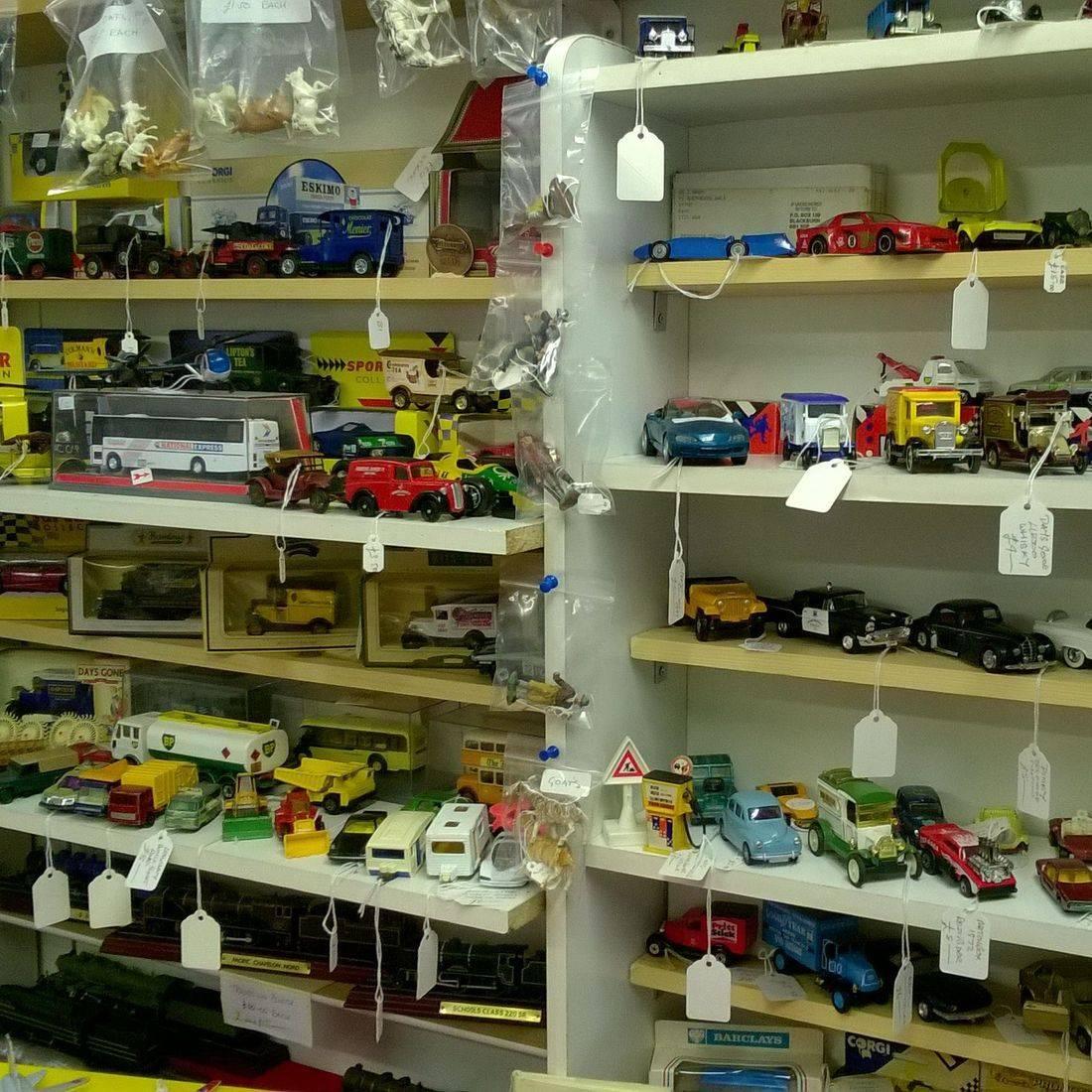 Modal cars