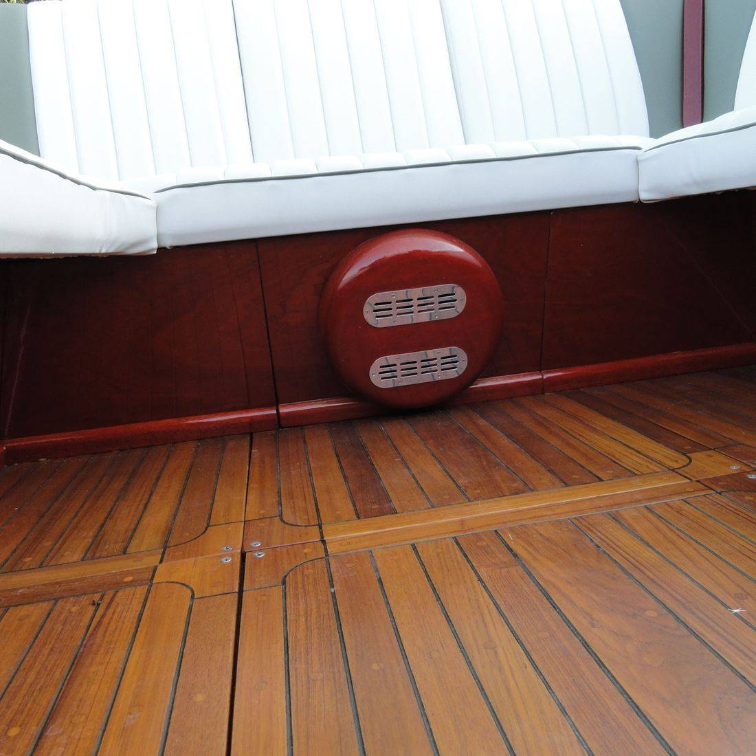 teak flooring on shepherd boat at bergersen