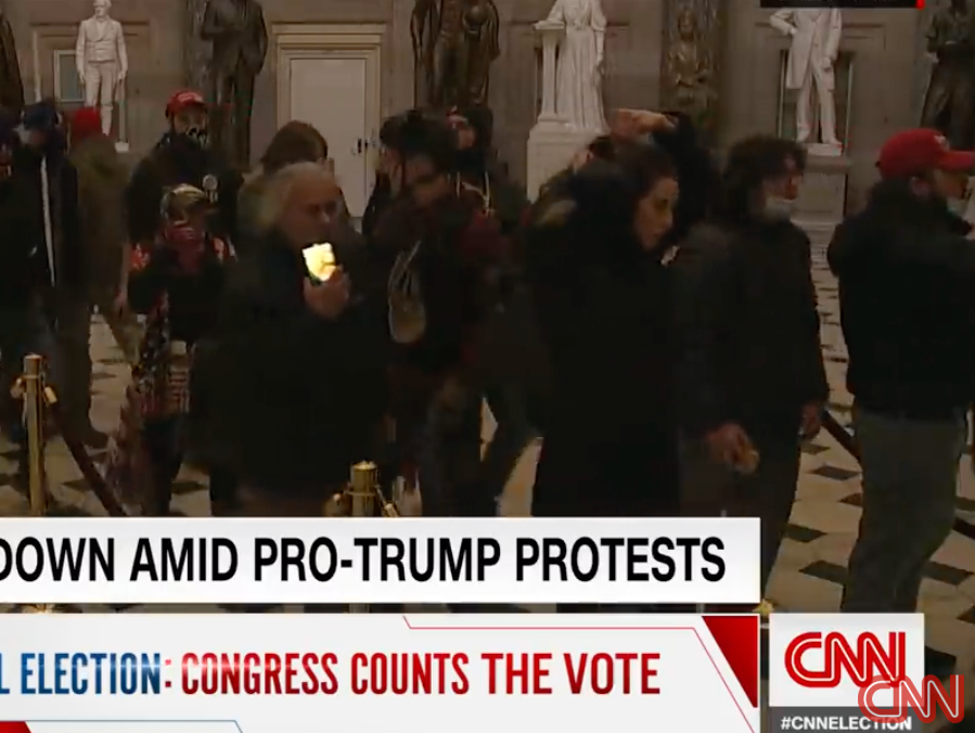 Mob in US Capitol
