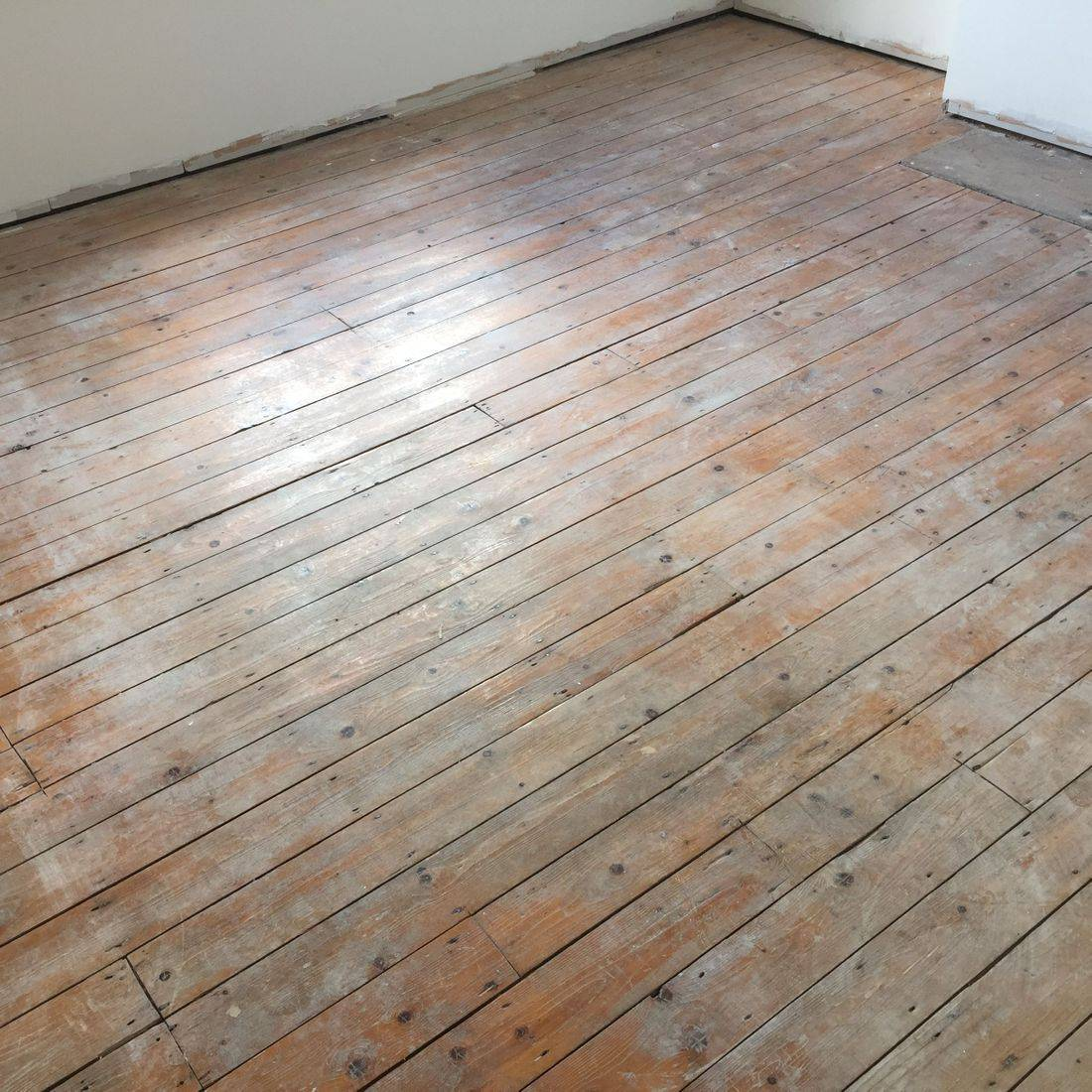 wooden floor restoration in Leicester and Leicestershire