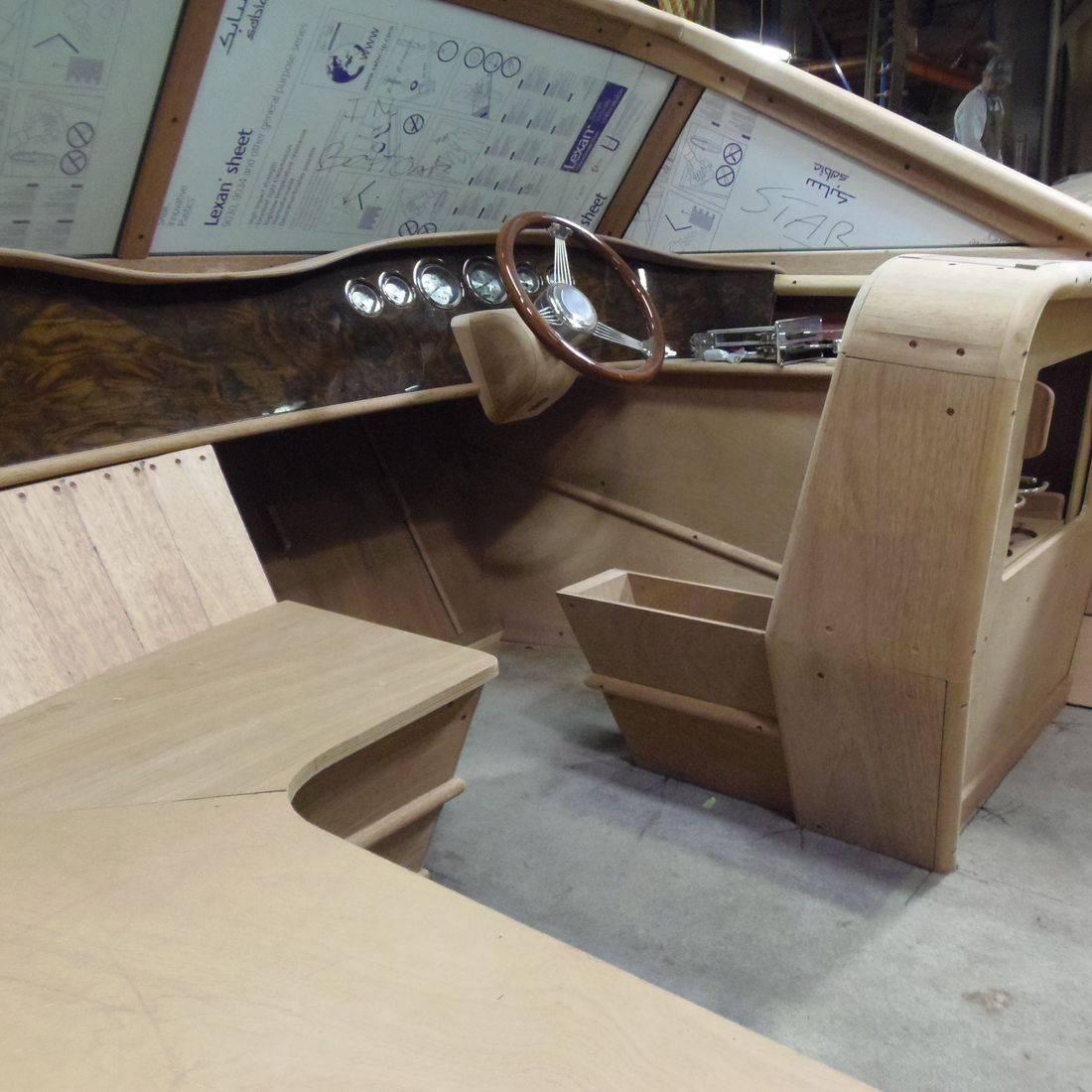 Streblow boat