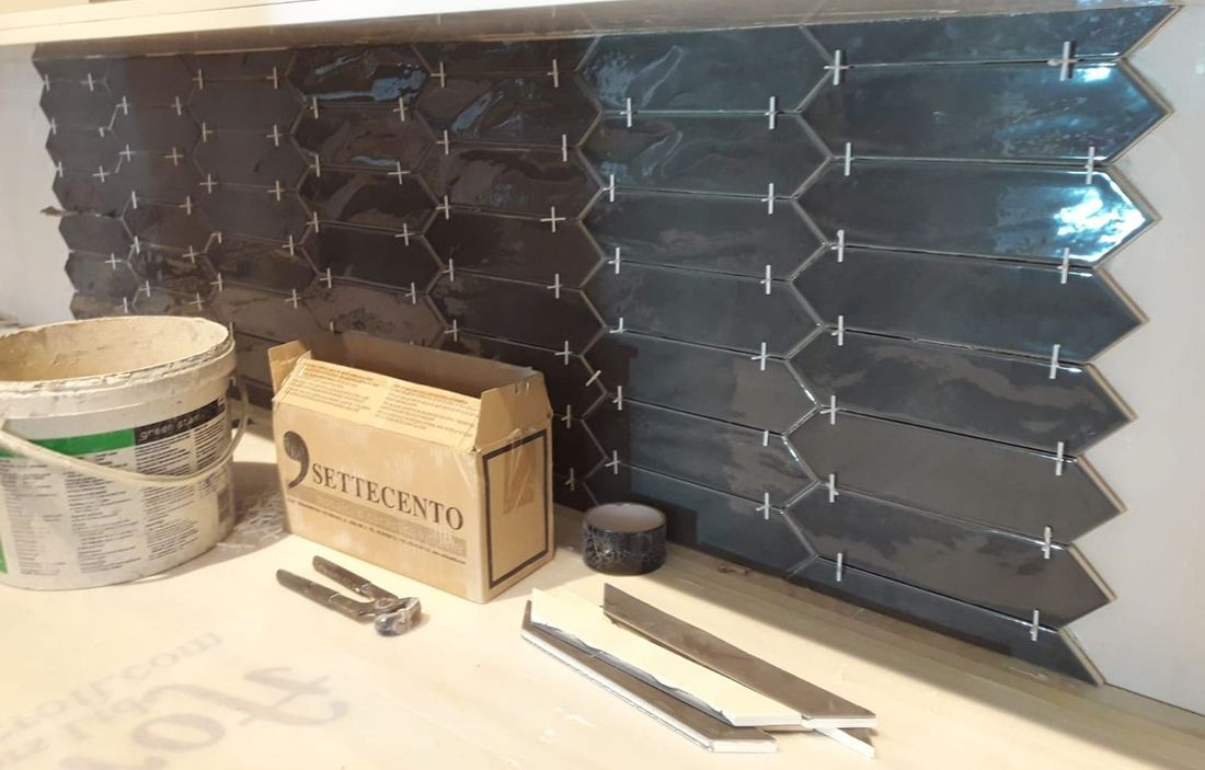 bar tile splashback