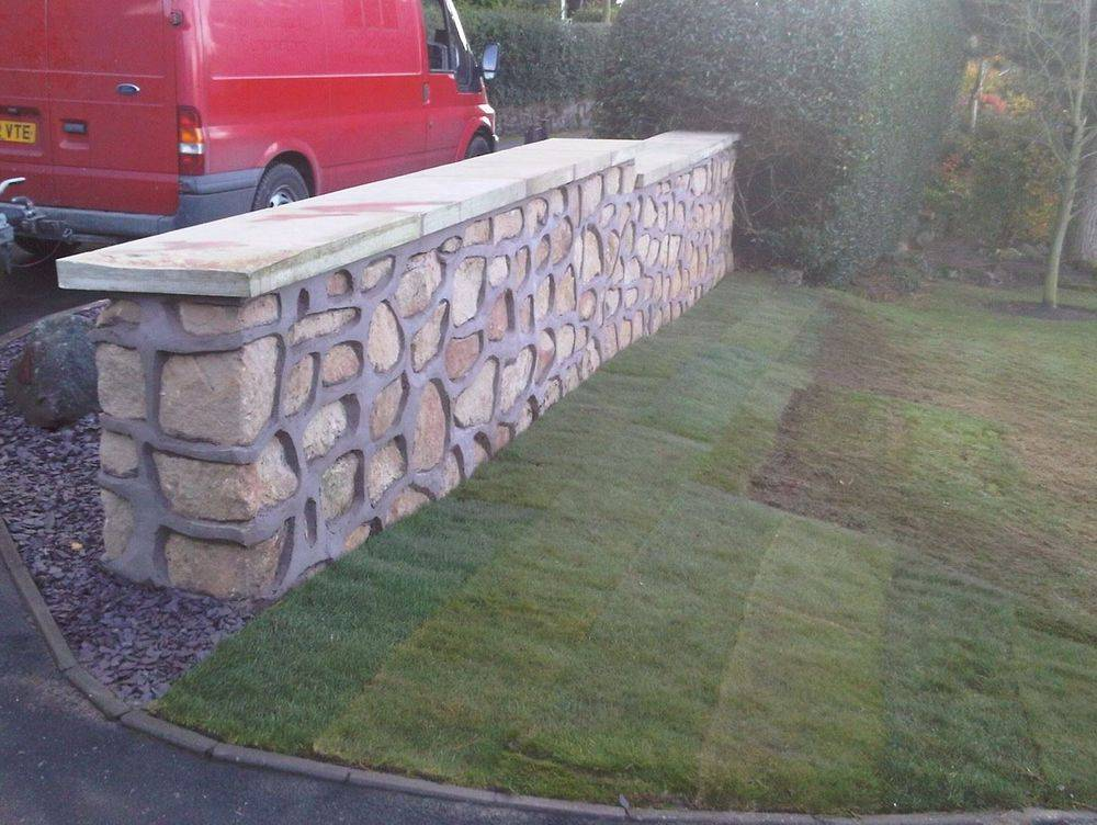 Brickwork All types of walls built to include garden and retaining walls of brick and natural stone.