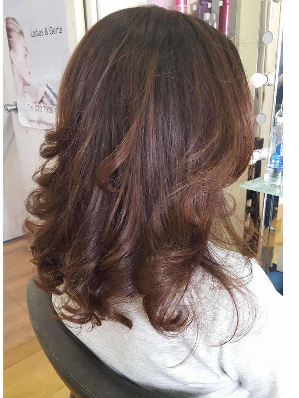 Curly hair stylist London Hairdressers hair salon