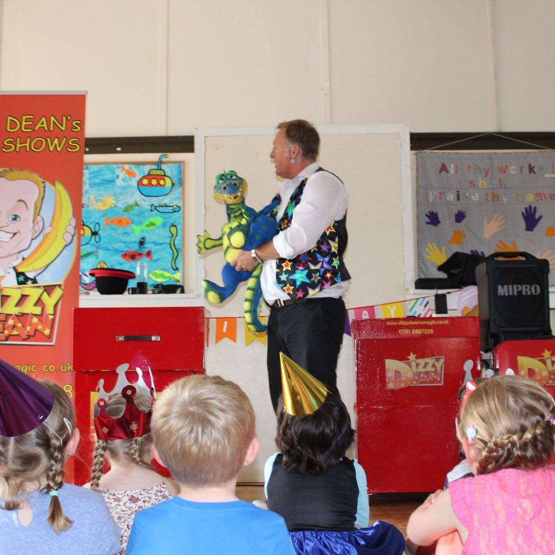Puppet Show with Dizzy and Drago the Dragon