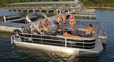 Boat Tours on Okanagan Lake Kelowna BC