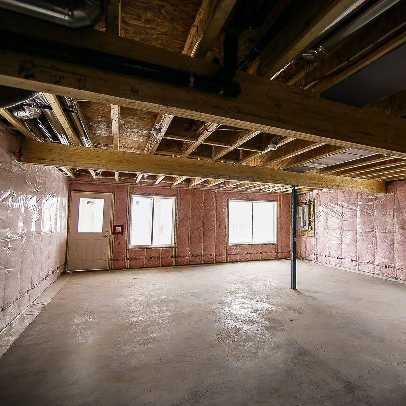 mre basement development renovation kitchen bathroom construction contracting calgary snow removal