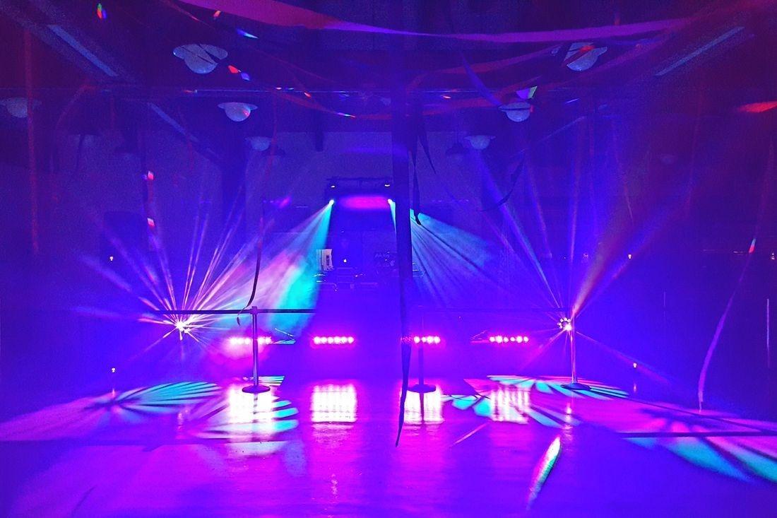 Hawaii DJ, DJ lighting