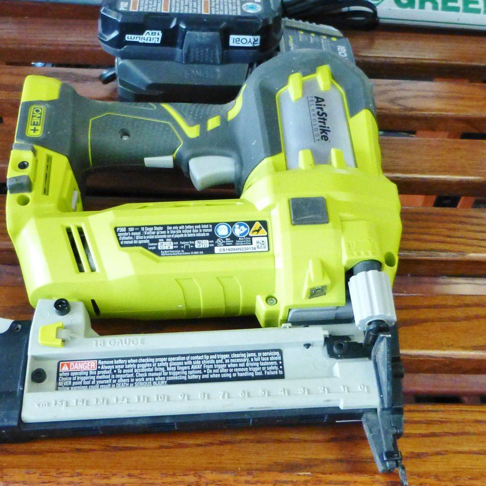 Ryobi Cordless Stapler with battery and charger