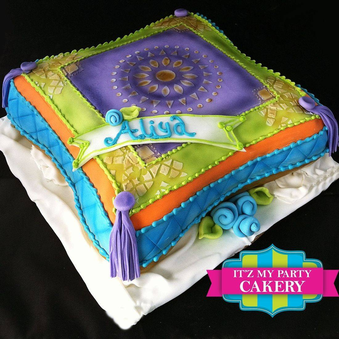 Moroccan Pillow Cake Carved Dimensional Cake Milwaukee