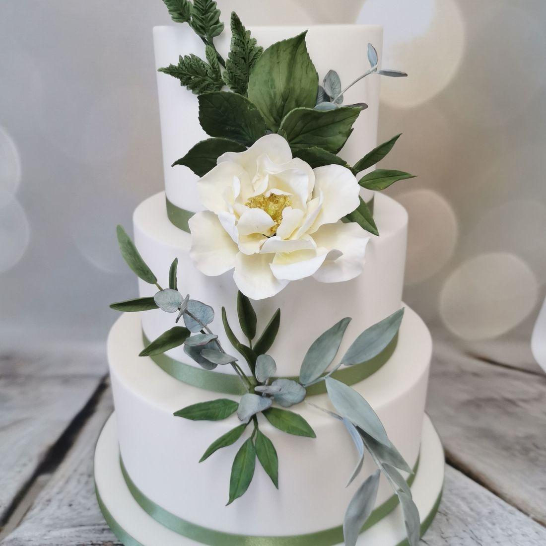 Ivory And Green Wedding Cake
