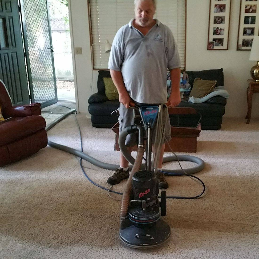 RX20 Carpet Steam Cleaner