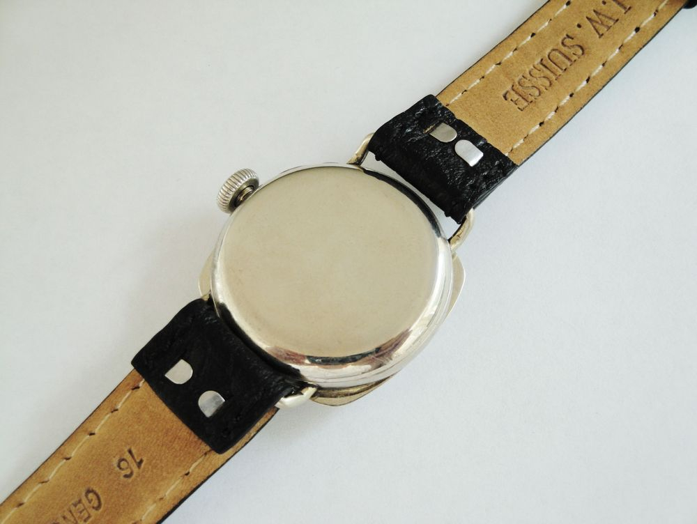 WWI Waltham RED XII Trench Watch, Fahys OreSilver Cushion Case, Original Factory Flat Crown, Nice and Wide 16mm Lugs, HIGH END 17 Jewel RIVERSIDE Movement, Blue Steel Hands, Enamel RED XII Military Dial with a Black Leather Strap