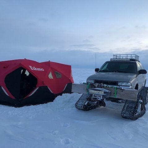 Walleye, ice fishing, Manitoba, Lake Winnipeg, Green backs, best fishing