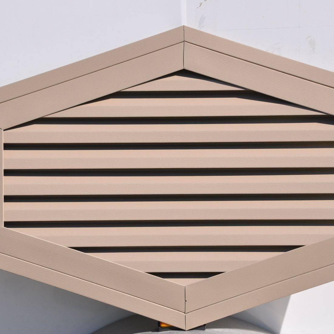 Hexagon gable vent