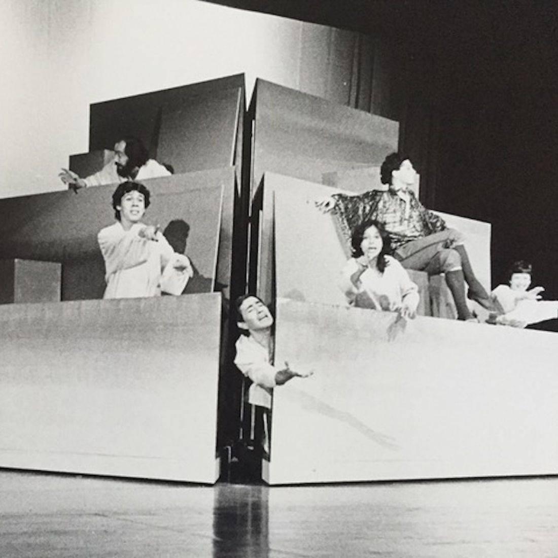 El huevo de Colón by Gustavo Gac-Artigas, directed by the author, actors: Gustavo Gac-Artigas, Cipriano Proaño, Jaime Prat Corona, Priscilla Gac-Artigas, Juan Ángel and Perla Valencia