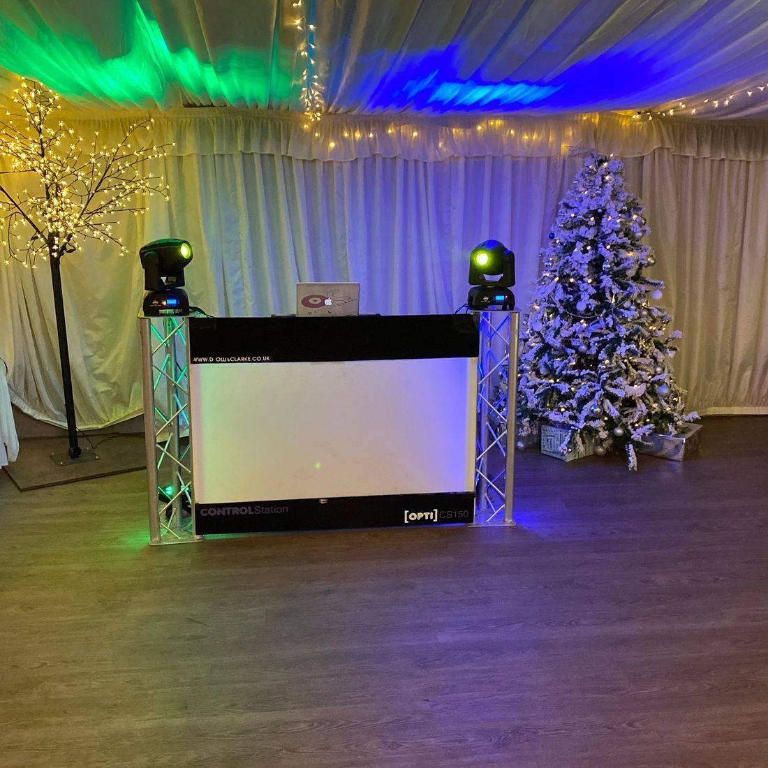 Stanbrook Abbey Wedding DJ Ollie Clarke