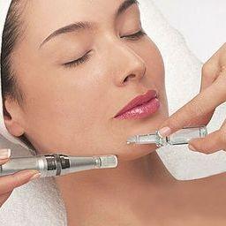 Microneedling  Dermalux Derma Pen