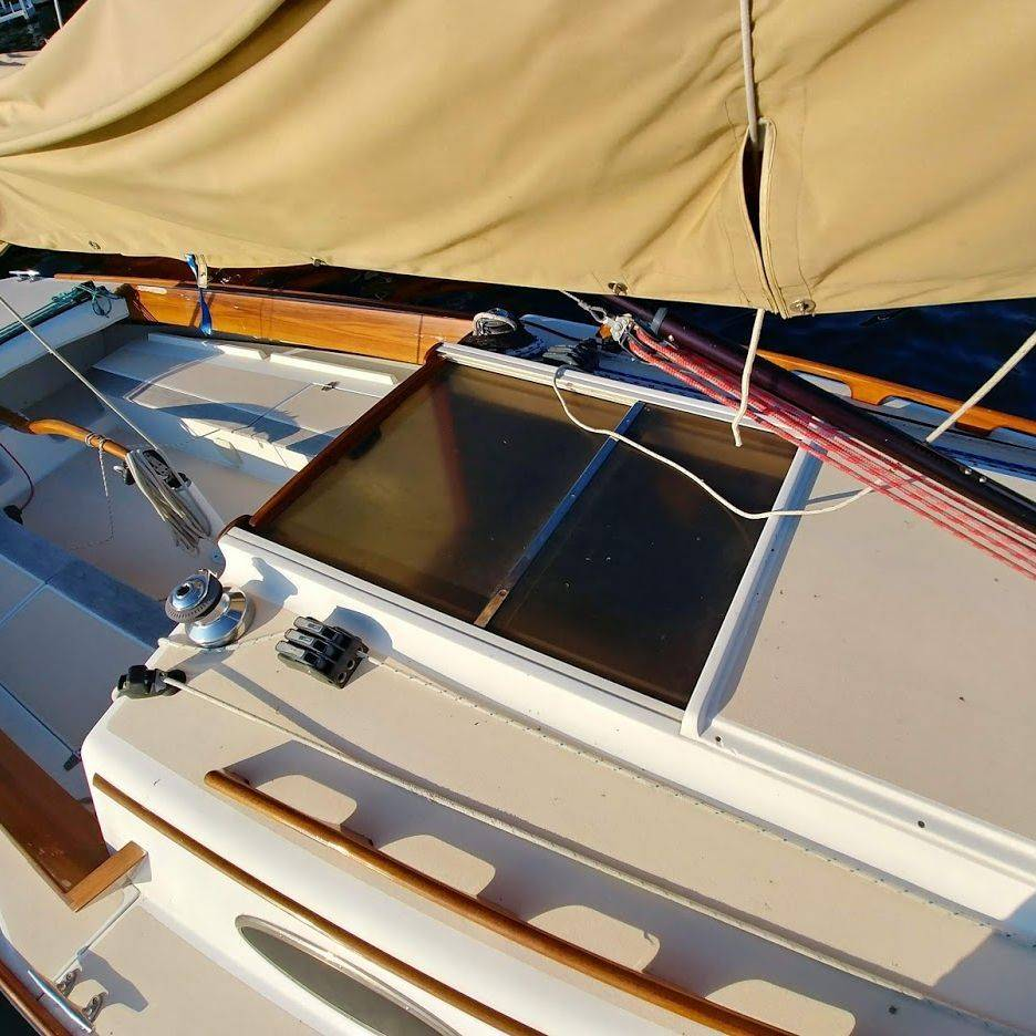 28' Alerion for sale