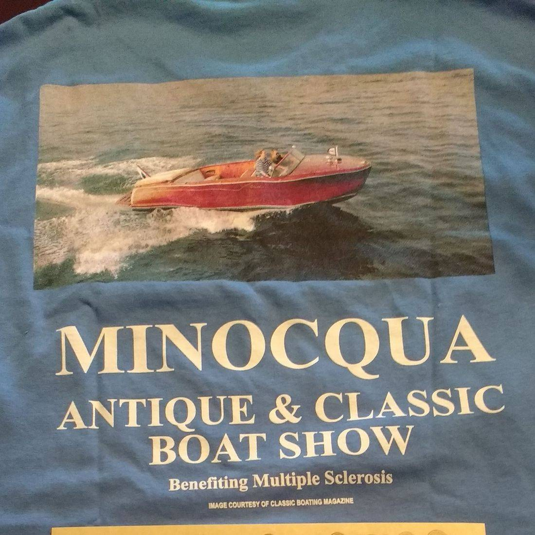Antique and classic boat show winner