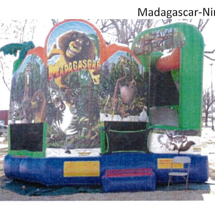 Madagascar Play Center 25'x25'