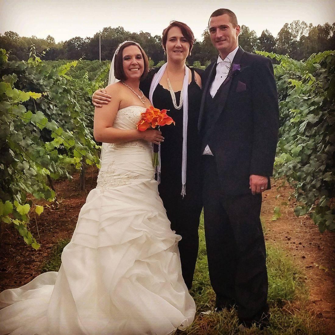 vineyard wedding, rural, outdoor, wine, wedding, celebrant, officiant, venue
