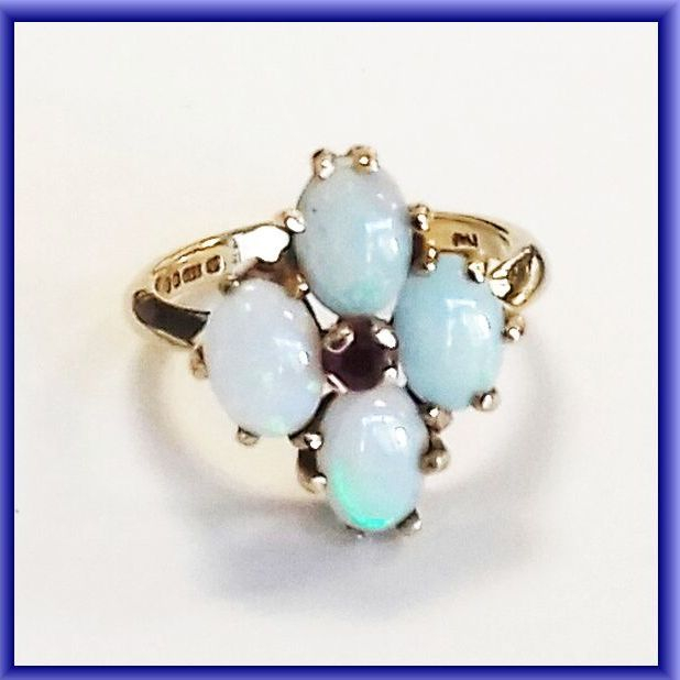 GOLD OPAL RING