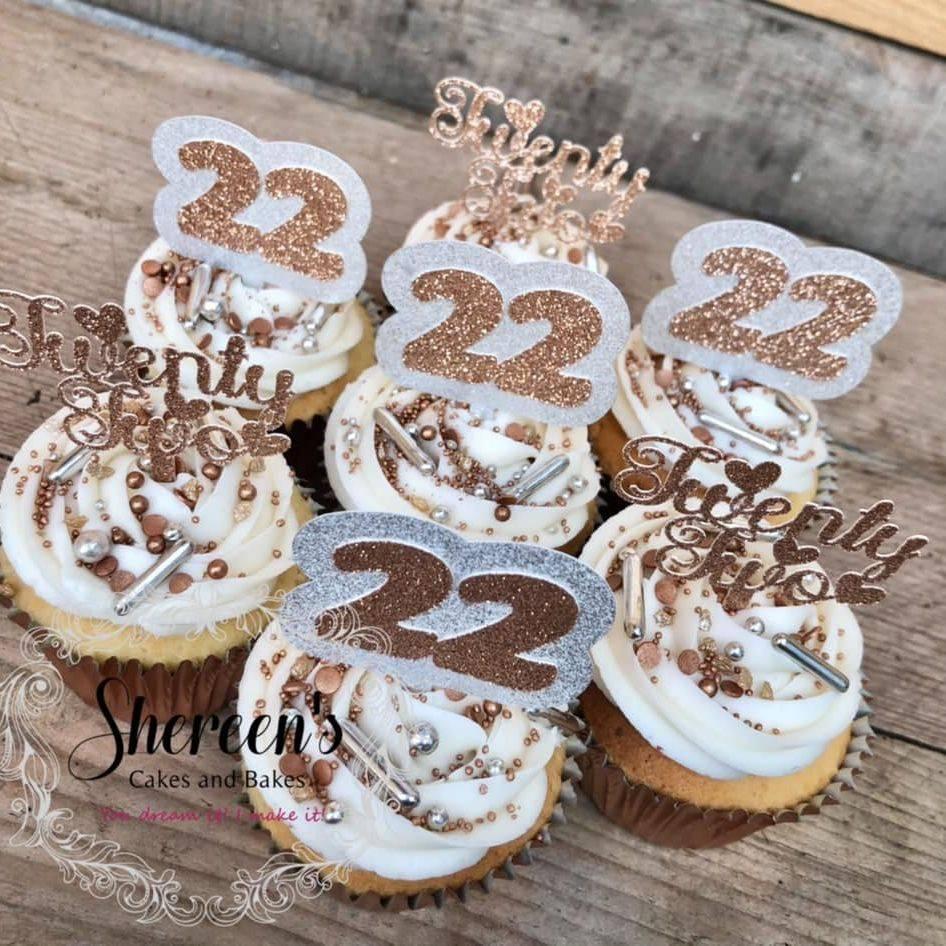 pretty birthday gold rose cupcakes sprinkles