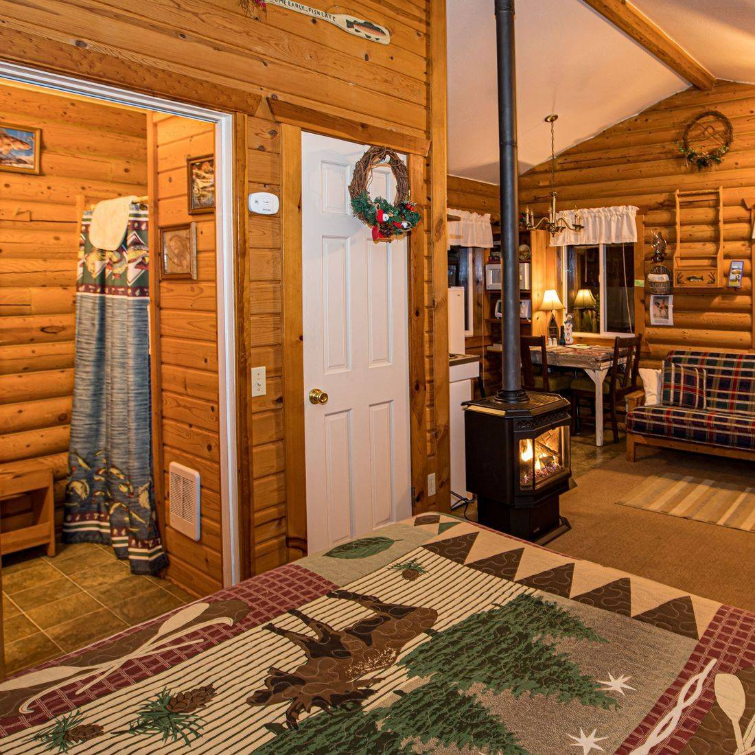 Log cabins, lodging, hotels, North Cascades