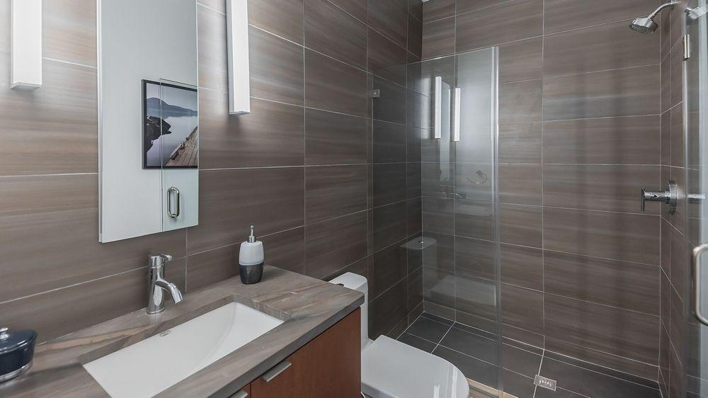 Newly Renovated Modern Bathroom