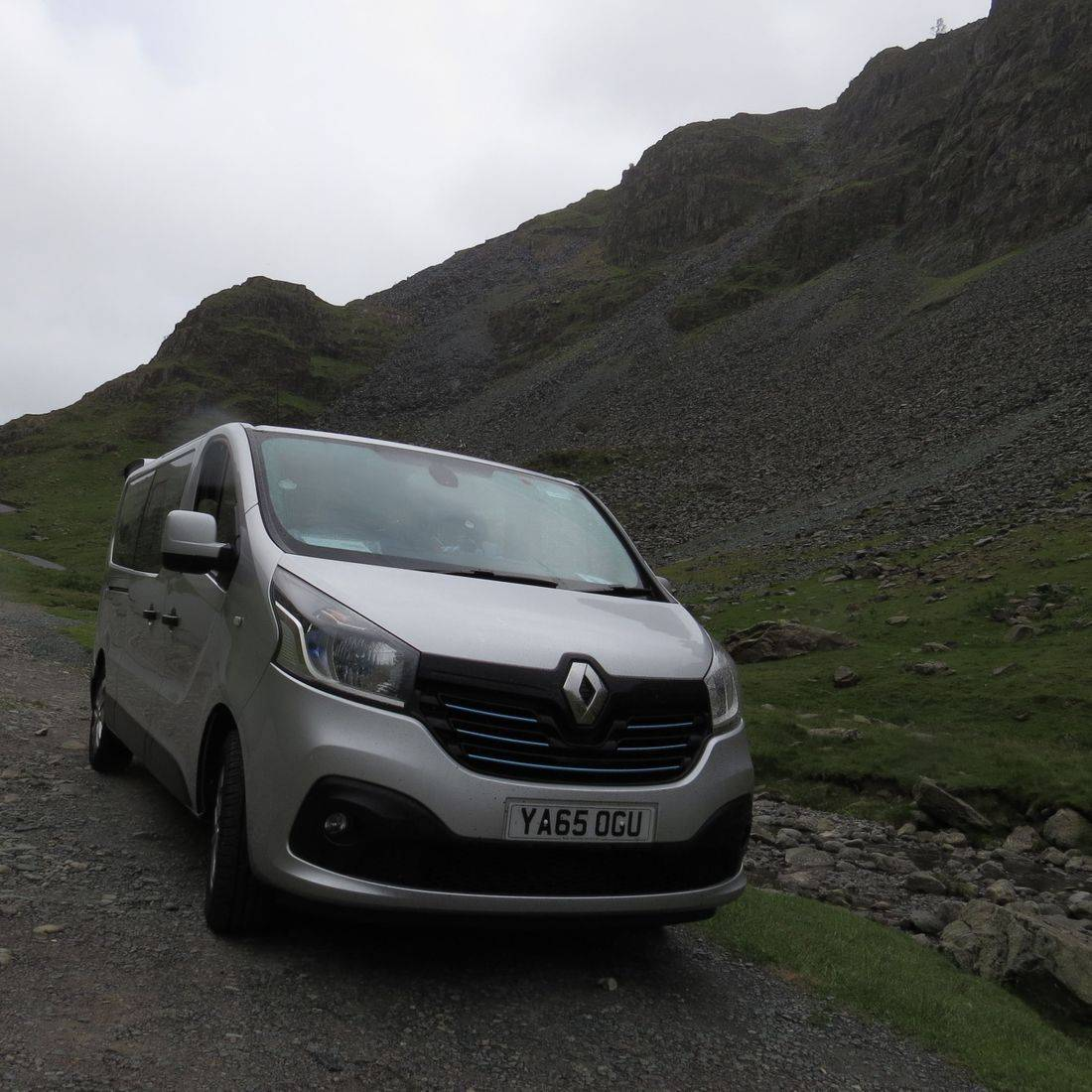 renault traffic minibus lake district