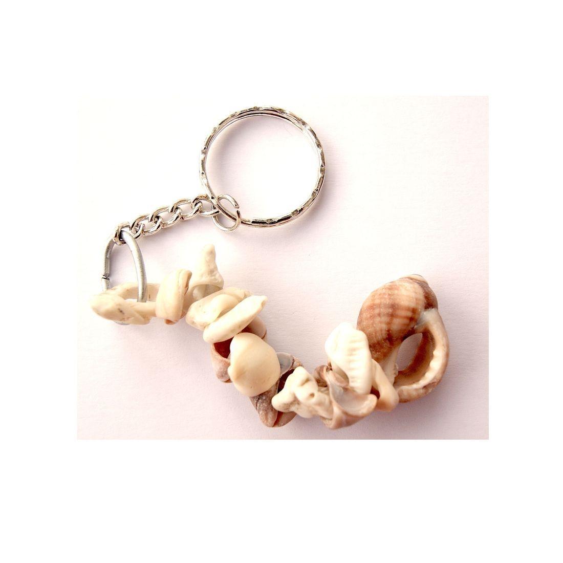 Driftwood / shell keyring 1