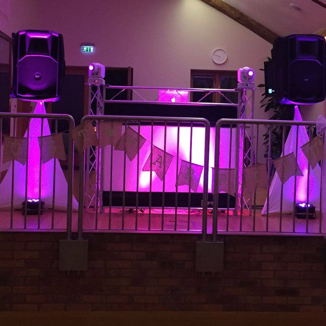 Wedding Dj Wootton Hall  Wedding Disco Warickshire