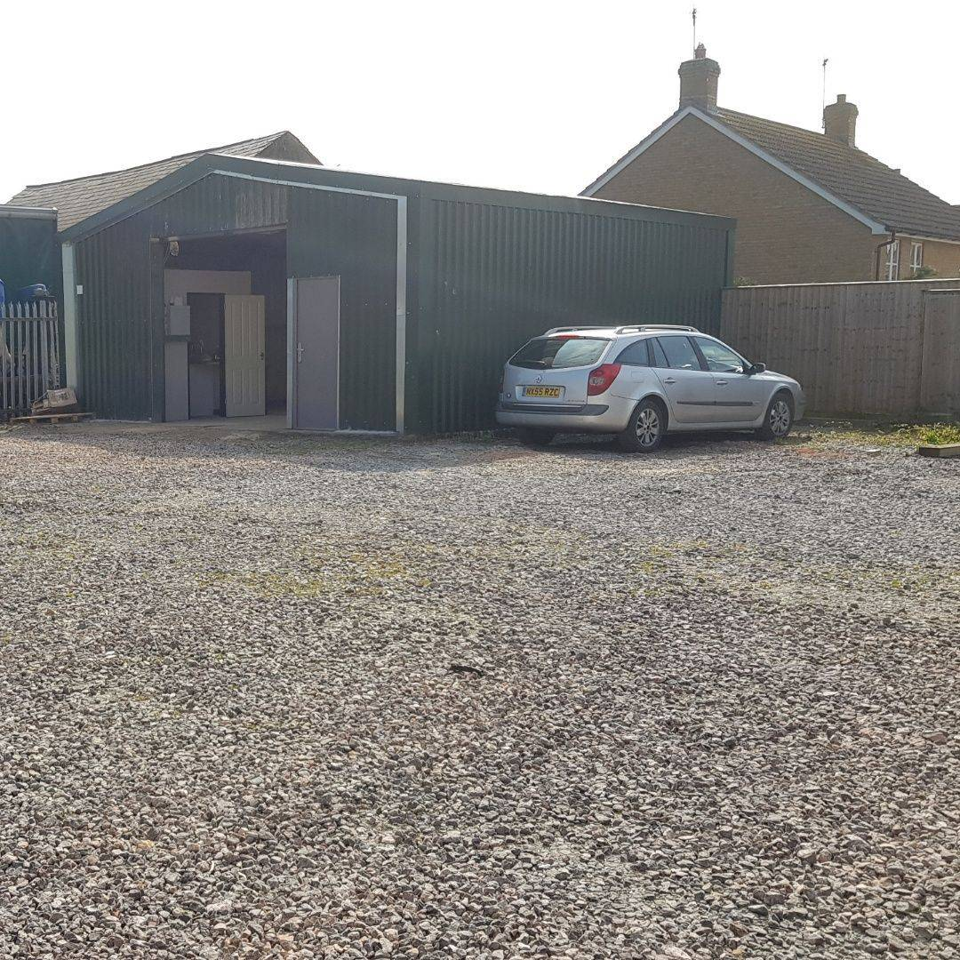 Car parking Martock, garage Martock, moving in