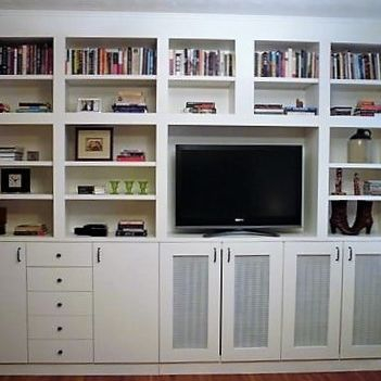 Sibra Kitchens Markham Toronto cabinets tv wall bookshelves HGTV