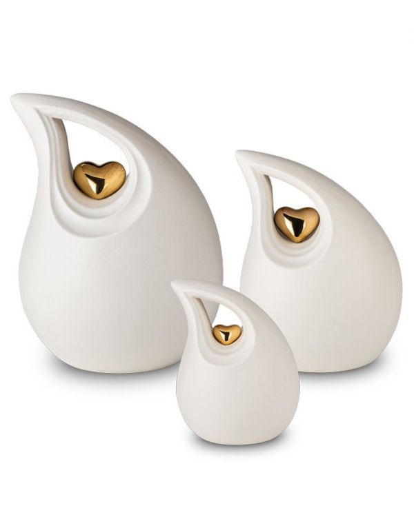 Ceramic Teardrop Heart Urn for ashes