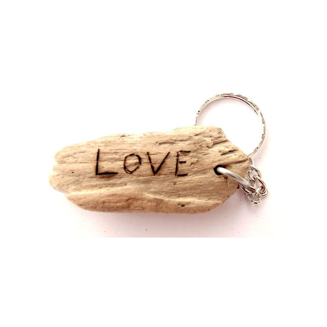 Driftwood / shell keyring 8