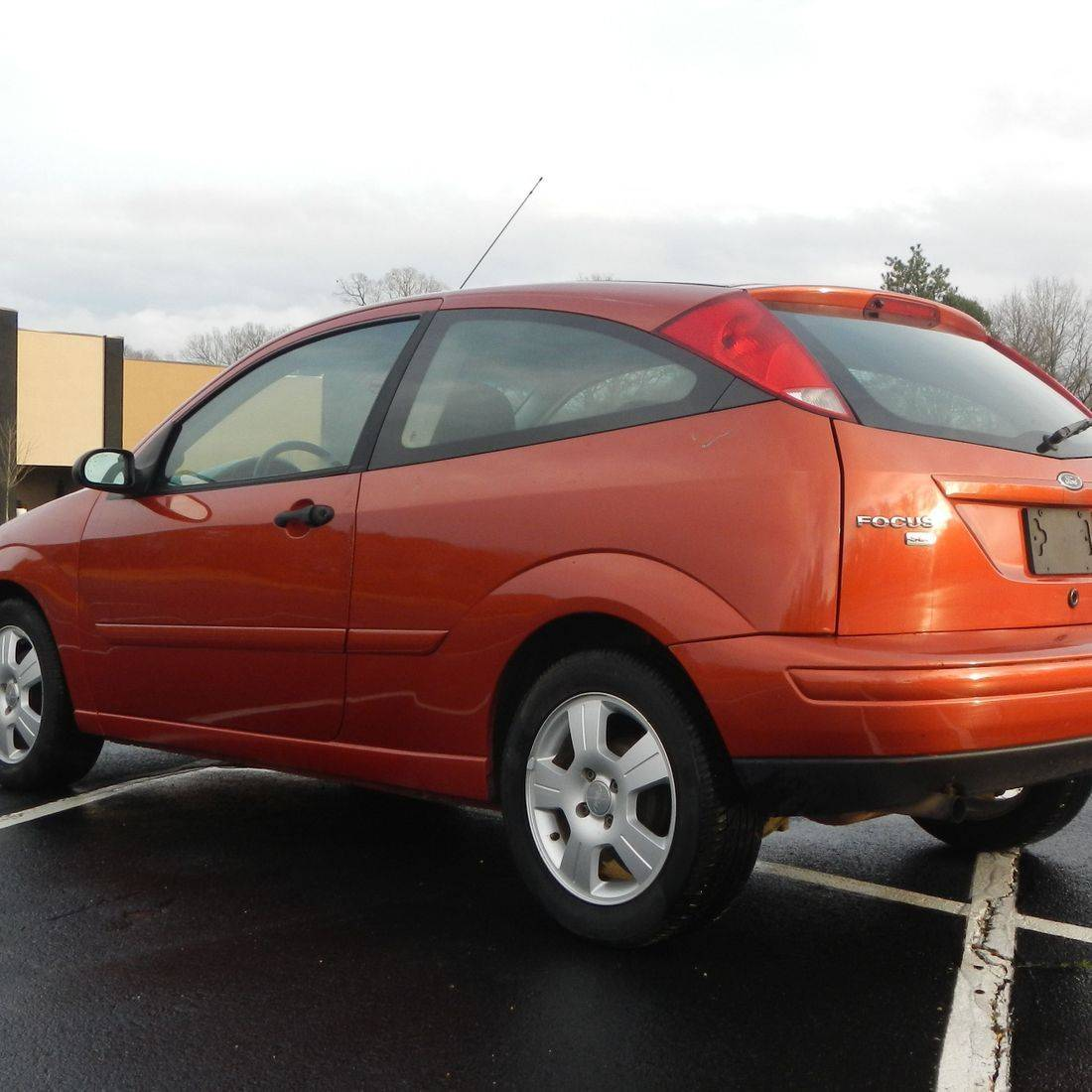 2005 Ford Focus ZX3 SES
