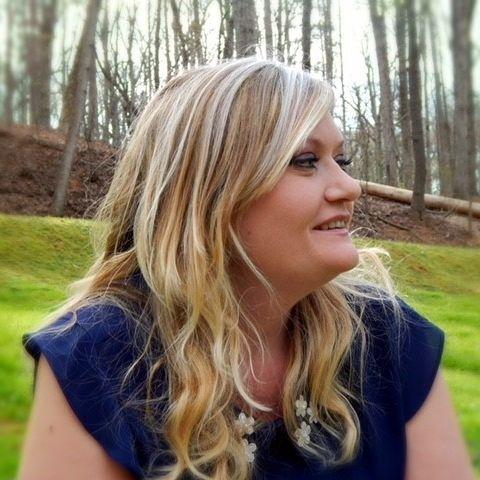 Julie Walker, Wellstreams Healing Group, Statesville NC - Licensed Spiritual Healer & Wellness Coach (CARE), Certified Raindrop Technique Specialist (CARE), Certified Iridologist (IIPA)