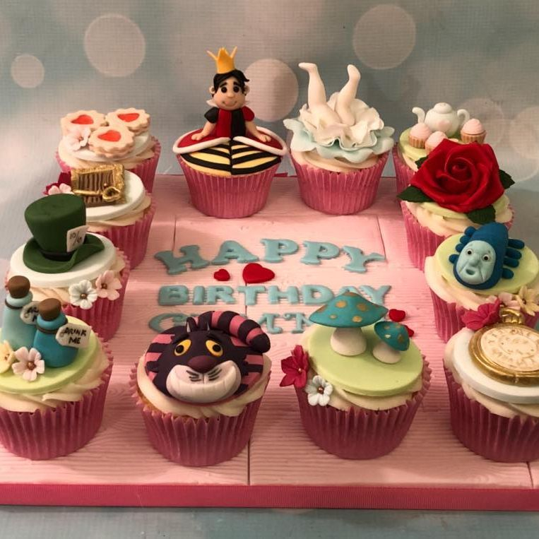 Alice Wonderland Cupcakes Birthday Cheshire Cat Queen Hearts Hat Tea Party Rose