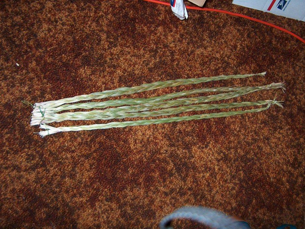 """Braids All braids whether MINIS; LITTLE BIG BRAIDS; 12""""-14""""; 18-21"""", 23-26"""" , or any of the other products are prayfully braided with the utmost respect for the medicine of the plant and the understanding of its use. Be it use for a ceremony, dispelling negativity, raising the energy level of any area, or just because you like the aroma. Discount for quantities are available on request."""