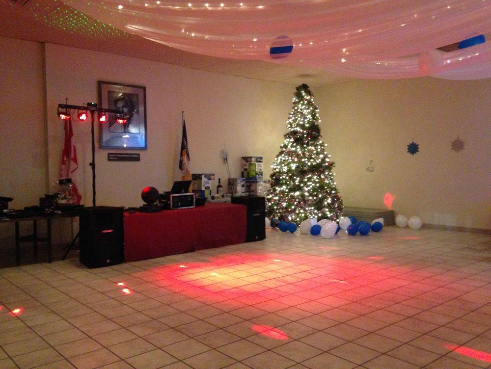 DJ For A Christmas Party