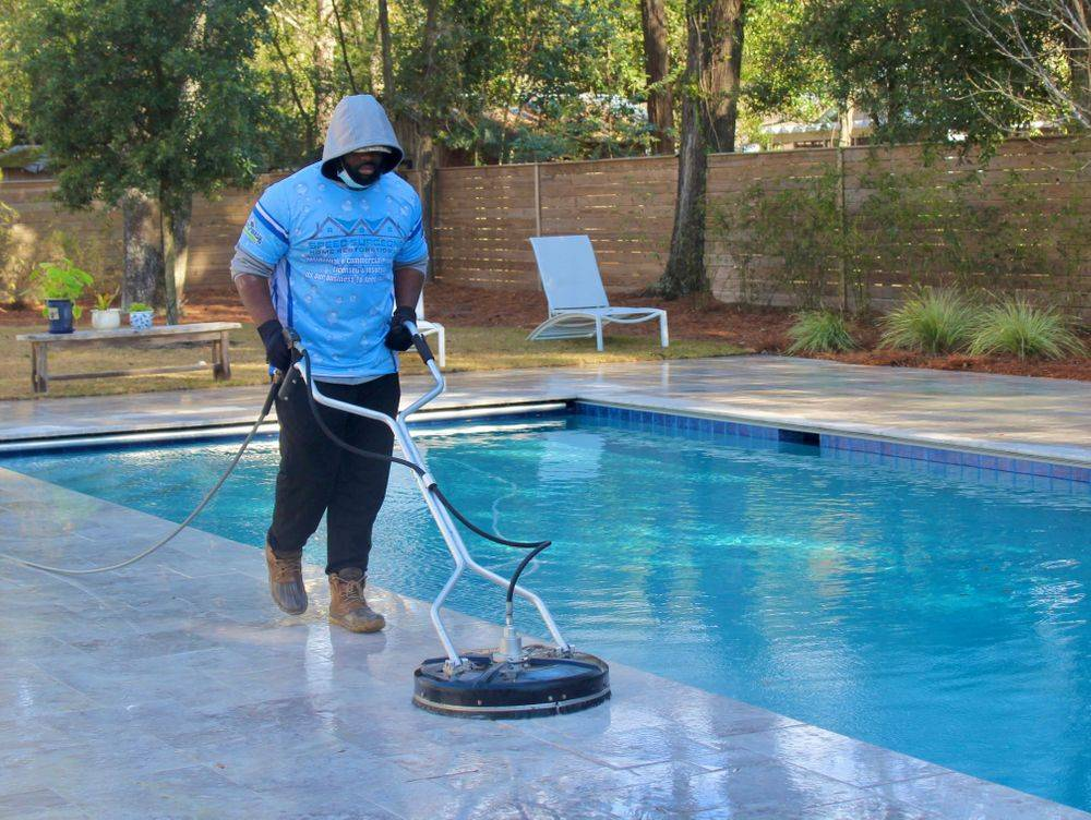 house wash, soft wash, power wash house, pressure wash house, exterior house cleaning, vinyl siding, house wash in charleston, power wash near me, pressure washing in charleston, power washer, fence washing, power wash fence, pool deck cleaning, pool deck
