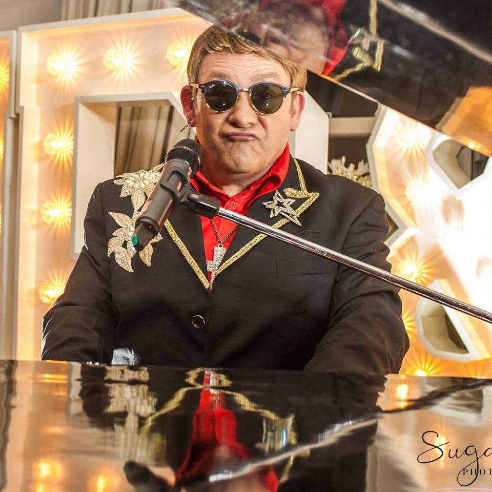 Rocketman Elton John Tribute act  Andy Crosbie