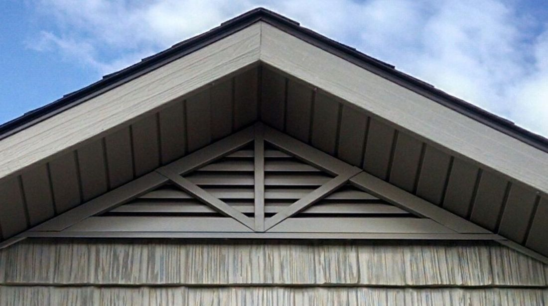 Triangle gable vent with 3 spoke