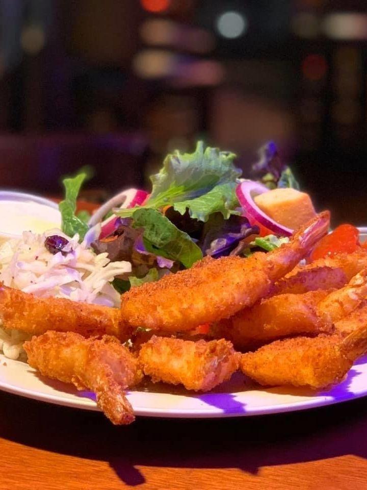 Fried shrimp, shrimp basket, seafood