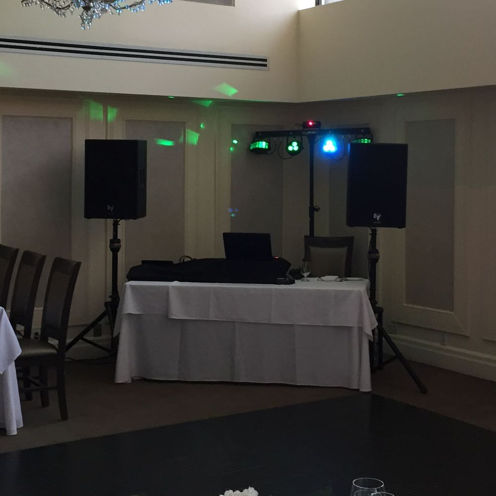 wedding DJ in Ancaster
