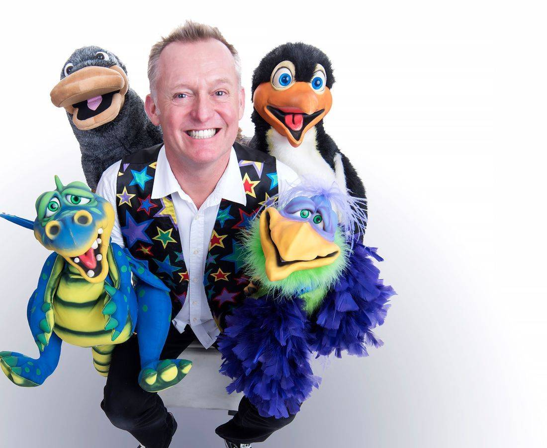 Children's Entertainer with his magical puppets