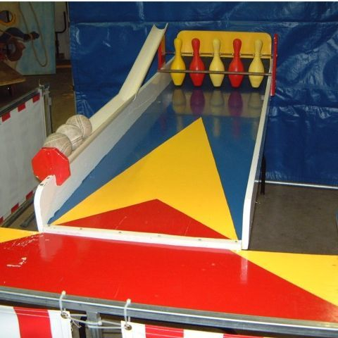 Bowling  carnival games