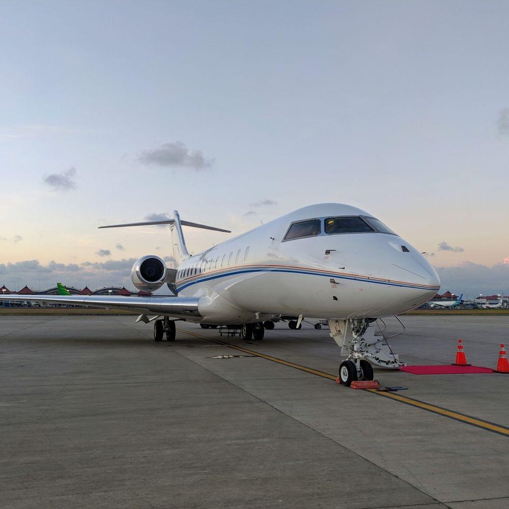 Global Express, bombardier global, Private jet, Private Jet Charter, book private jet, Singapore private jet, book Singapore jet, Singapore air charter, Singapore jet service, jet aviation